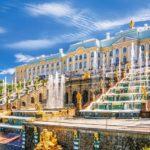 В 2017 году Петергоф принял 5,3 млн туристов и побил рекорд по числу гостей за один день