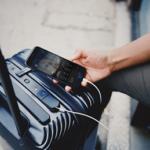 American Airlines установил правила провоза «умных» чемоданов